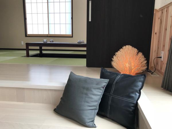 和室とクッション.jpg